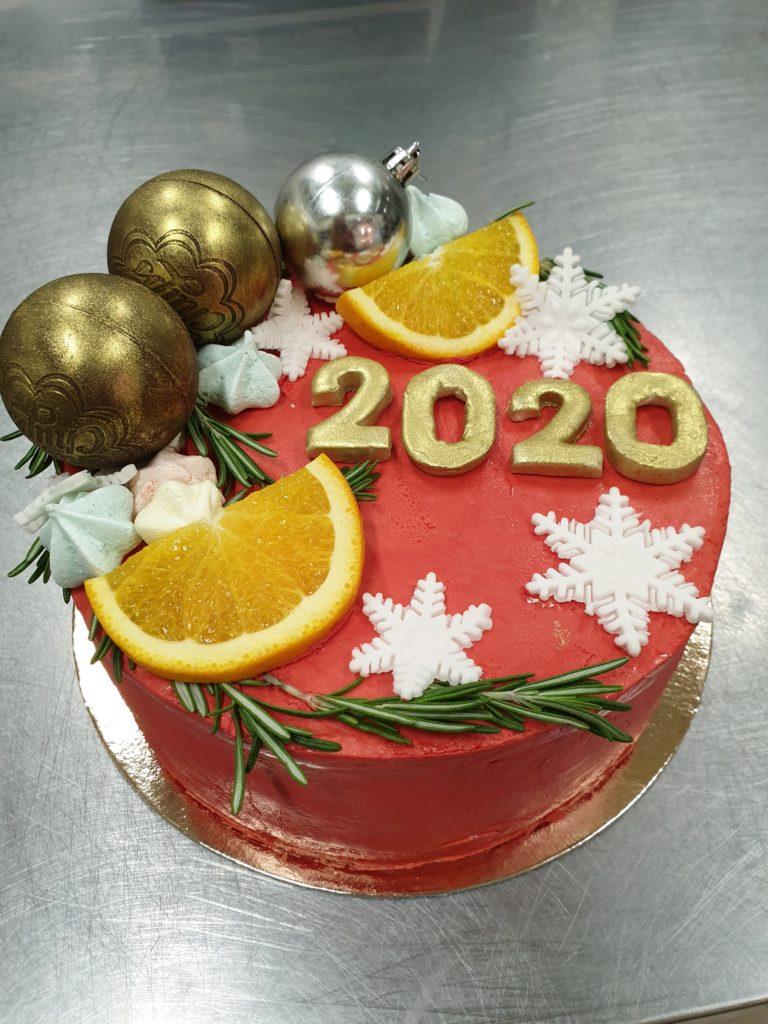20191225 172313 768x1024 Торты на заказ Новый год с праздничным оформлением