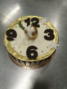 20191225 173411 scaled 225x300 Торты, выпечка на заказ от пекарни & кондитерской Бон Бриошь
