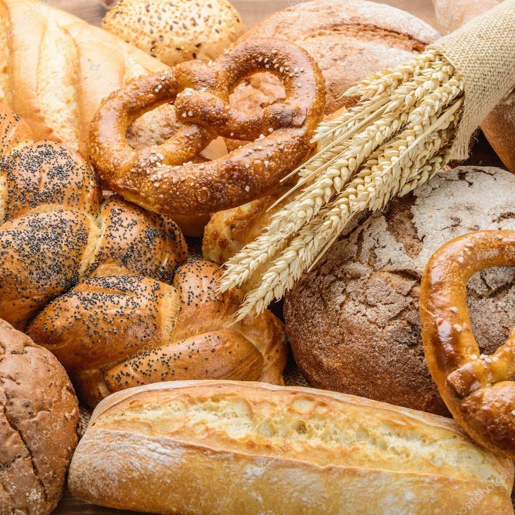 depositphotos 172745492 stock photo fresh bread and wheat on 1024x1024 Хлеб от Бон Бриошь